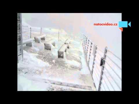 Silný vítr na Sněžce 21.12.2014
