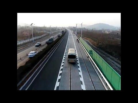 China eröffnet Solarstraße mit drahtlosem Strom für Ele ...