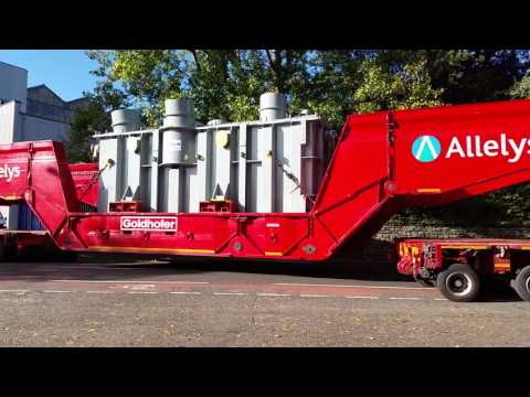Stafford Alleys Heavy Haulage Trucks haul Transformer from factory onto the A34 (30/09/2016)