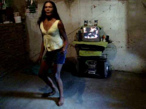 Joana Pereira Dançando o Mechidinho diretamente da Baixinha em Potiretama-CE
