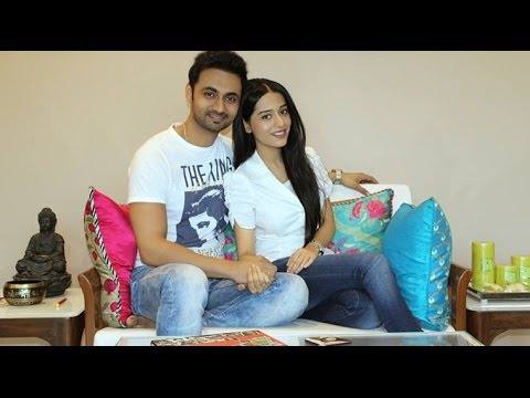 OMG! Amrita Rao Gets MARRIED To RJ Anmol |  Bollywood News