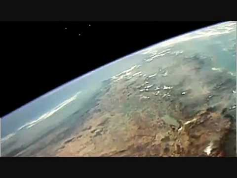 ufo 2011 - coast to coast am recent ufo sightings time shift solar cycle Mayan star NASA people visitors ovni nlo ovnis unidentified 未確認飛行物体 object comet planet x film ...
