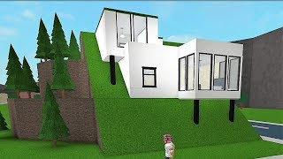 Roblox welcome to bloxburg building a mansion videos by for Modern house designs bloxburg