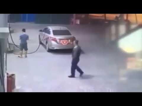 Tài xế ô tô che biển, quỵt tiền đổ xăng lúc rạng sáng ở Hà Nội