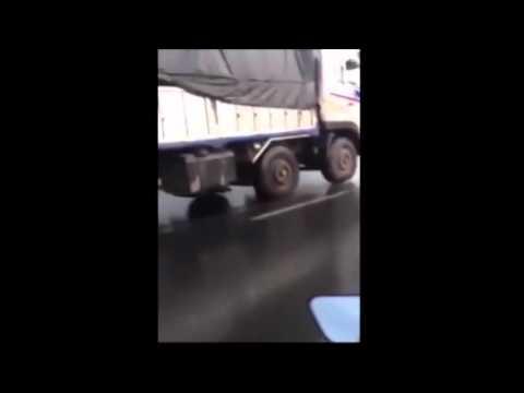 Xe tải chạy không cần 1 bánh trước