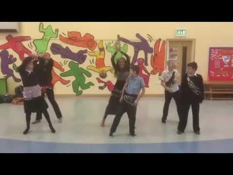 Bishop Alexander School - Bollywood dancing