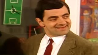 MrBean - Mr Bean - Being annoyng