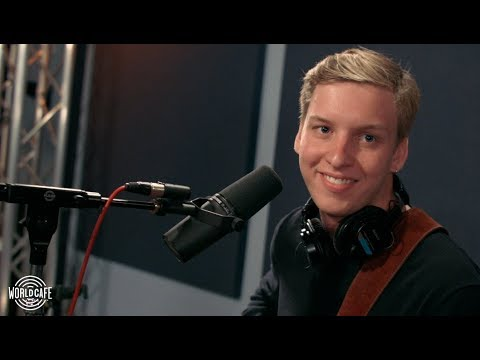 "George Ezra - ""Paradise"" (Recorded Live For World Cafe)"