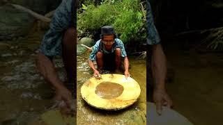 Video Penambang Emas Tradisional Kulon Progo # part 2 MP3, 3GP, MP4, WEBM, AVI, FLV Mei 2018