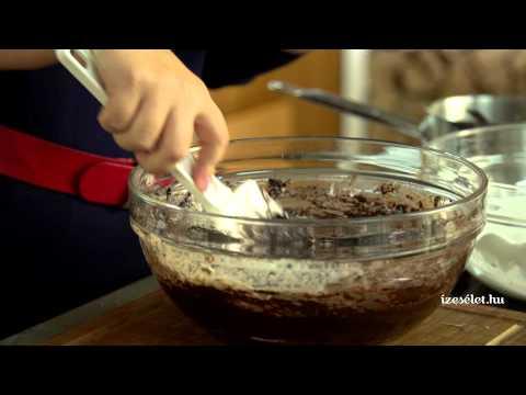Lisztmentes mandulás csokoládétorta