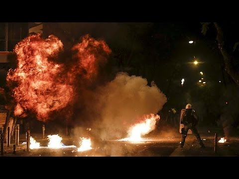 Ελλάδα: Επεισόδια μετά τις πορείες για τον Αλέξανδρο Γρηγορόπουλο