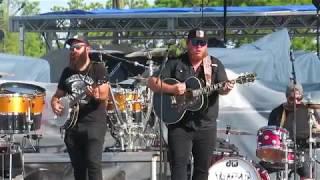 Luke Combs 2017 Gulf Coast Jam - When It Rains it Pours Mp3