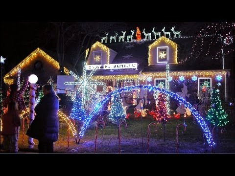 Wilmette Christmas lights and holiday cheer