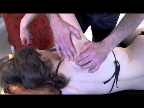 comment soigner une douleur à l'omoplate