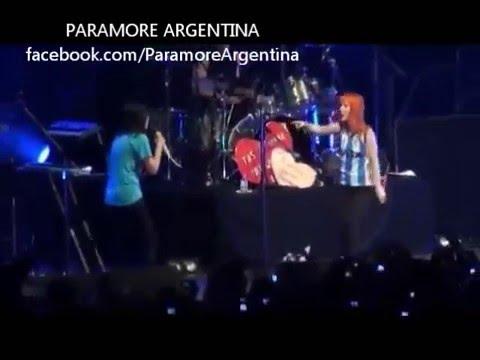 ¿Queee? ¿Mi nombre? - Paramore En Argentina Luna Park 2011, 24 de Febrero (видео)