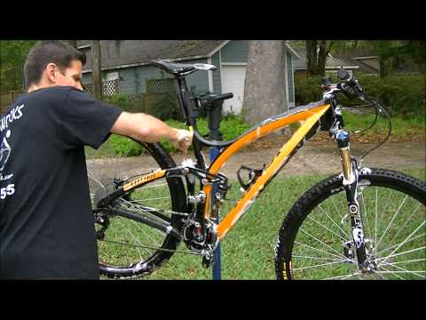 Bicycle - How to quickly get a bike pretty clean without dis-assembly. NOTE: I now have a follow-up video to this called