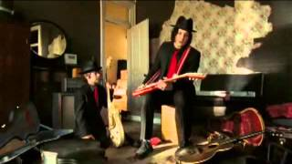 Jack White fights airline (It Might Get Loud)
