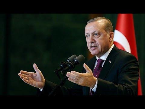 Τουρκία: Απειλή πρόωρων εκλογών εάν δεν περάσει η συνταγματική αναθεώρηση