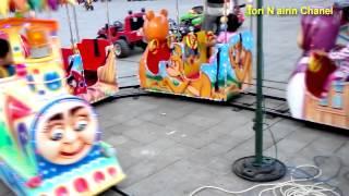 Download lagu Naik Odong Odong Kereta Mini Di Alun Alun Mainan Mp3