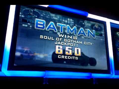 IGT The Dark Knight slot machine, Batman and The Joker