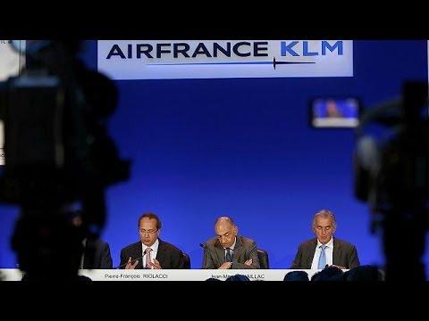 Η τρομοκρατία χτυπάει και τις αεροπορικές εταιρείες