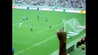 A alegria de Luiz Eduardo quando Vasco marcou de pênalti.