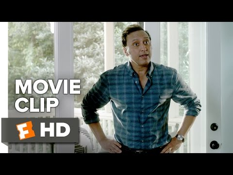 Mother's Day (2016) (Clip 'Jerry Springer')