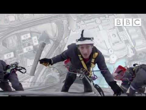 An Incredible FirstPerson View of cleaning the world s tallest