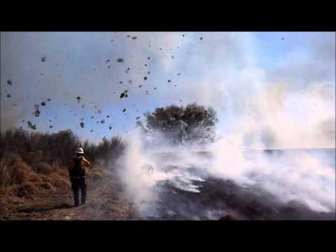 Poeira do diabo: Fenômeno muito raro de tornado de fogo