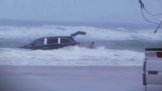 Video Kids Screamed as Mom Drove Van into Ocean, Rescuers Say | Nightline | ABC News MP3, 3GP, MP4, WEBM, AVI, FLV Februari 2019