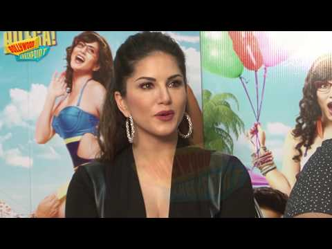 Video Sunny Leone Shooting Uncomfortable scenes for 'Mastizaade' download in MP3, 3GP, MP4, WEBM, AVI, FLV January 2017