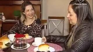 Muita gente reservou parte do dia 20 de julho pra celebrar um dos sentimentos mais nobres: a amizade. A gente também faz a nossa homenagem contando a história de mais de 15 anos de companheirismo, de duas amigas no interior de São Paulo. Veja na reportagem de Fernanda Ribeiro e Messias Junqueira.Inscreva-se no nosso Canal: http://bit.ly/youtubetvcnAcesse o portal Canção Nova: http://goo.gl/GOXFYL Acesse a Loja Canção Nova: http://goo.gl/8Rsg6J Faça seu cadastro agora e seja bem-vindo à Família Canção Nova:  http://goo.gl/uBNjrD*Inscreva-se em nosso #Telegram, assim você fica mais perto da Canção Nova  https://telegram.me/cancaonovaBaixe gratuitamente em seu Smartphone, tablet e IPad os nossos Aplicativos. #TViTunes: https: //goo.gl/8pEs8i Googleplay: http://bit.ly/apptvcn#RádioiTunes: https://goo.gl/aMeJCh#Googleplay: https://goo.gl/dMC37e#Liturgia Diáriahttp://bit.ly/appliturgia#Músicas Canção Novahttps://goo.gl/a1gMv7