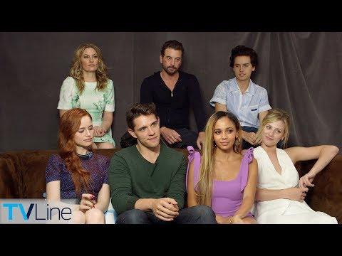 'Riverdale' Cast On Dream Bughead Proposal, Choni, Season 3, More | Comic-Con 2018 | TVLine
