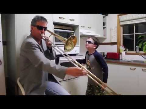 When Mom isn't home (Remix 5 minutes) видео