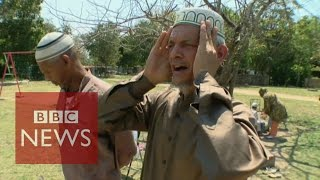 Video What is it like to be a Muslim in Cuba? BBC News MP3, 3GP, MP4, WEBM, AVI, FLV Juli 2018