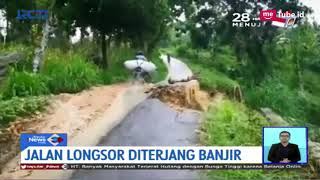 Video Detik-detik Jalan Longsor Diterjang Banjir Bandang di Tuban - SIS 19/03 MP3, 3GP, MP4, WEBM, AVI, FLV Maret 2019