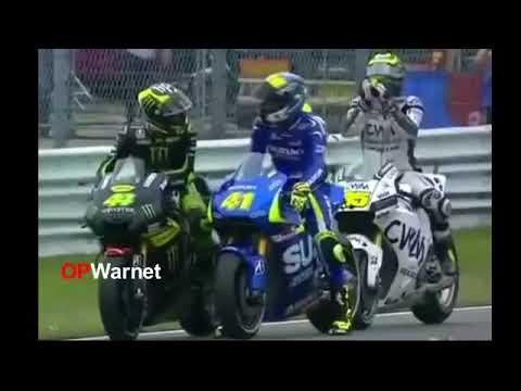 Download Video KELAKUAN LUCU PARA PEMBALAP MOTO GP!! :D