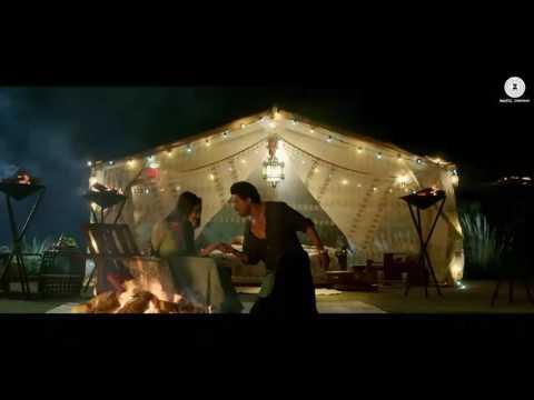 SRK  & MAHIRA KHAN'S HOT SCENE LEAKED FROM RAEES ONLINE