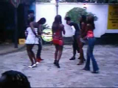 Hot Pub Dance In Nigeria