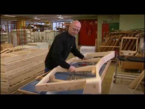 Så tillverkas en småländsk soffa
