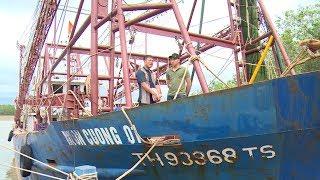 Tin Tức 24h Mới Nhất Hôm Nay: Nhiều góc khuất trong hợp đồng đóng mới tàu cá vỏ sắtXem #TinTuc hấp dẫn, Tổng Hợp #Video Mới nhất về #Tintuc24h Việt Nam - Quốc Tế nóng bỏng nhất đang diễn ra trong thời gian qua. Kênh Tin Báo Nhân Dân sẽ cập nhật đến các bạn các thông tin đầy đủ nhất tại đây. Mời bạn đón xem nhé !Đăng Ký Xem Video #tinmoi Miễn Phí: http://goo.gl/dVkSzA1. Bản #tinthoisu -- https://goo.gl/P6kNXd2. Tin Dự báo thời tiết -- https://goo.gl/YNpoJx3. Tổng Hợp #tintrongnuoc -- https://goo.gl/la17CV4. Seri Điều Tra Phá Án Lần theo dấu vết -- https://goo.gl/iHDMiJ5. Phóng Sự Điều Tra Chống Buôn Lậu -- https://goo.gl/TW5Hrj6. Phim Phá Án 75 Tập -- https://goo.gl/sySkMa7. Sức Khỏe Cuộc Sống -- https://goo.gl/yDGMVZ