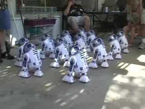 R2 - R2LAIV dancing at it's best.
