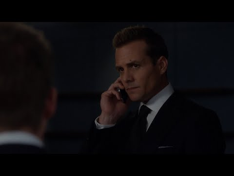 Mike Ross getting into the bar | Suits 6x16