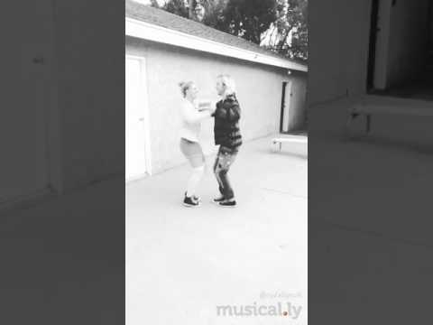 Rydel and Riker Lynch DANCING (musical.ly) (видео)