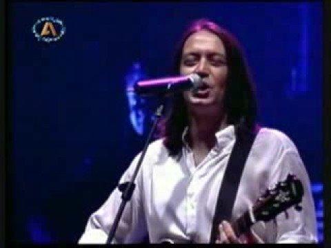 Tifles Elpides - Giannis Kotsiras