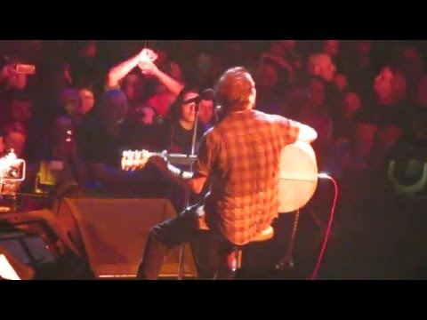 WATCH: Pearl Jam Performs