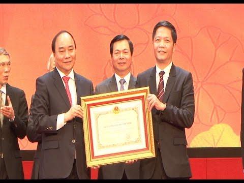 Bộ Công Thương đón nhận Huân chương Hồ Chí Minh