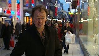 Kalla Fakta i TV4 från 2011-12-21: Allt fler ungdomar söker sig utomlands för att få jobb. Bara i Norge arbetar cirka 70 000 svenskar. Kalla fakta har besökt Oslo ...