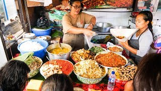 Download Video Street Food Tour of Bali - INSANELY DELICIOUS Indonesian Food in Bali, Indonesia! MP3 3GP MP4