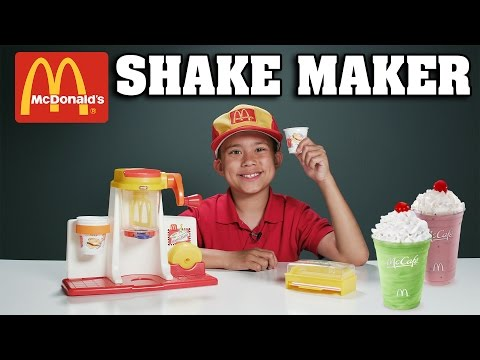 McDonald's SHAKE MAKER!!! Gross Cooking with Evan - Vintage Toy Review! (видео)